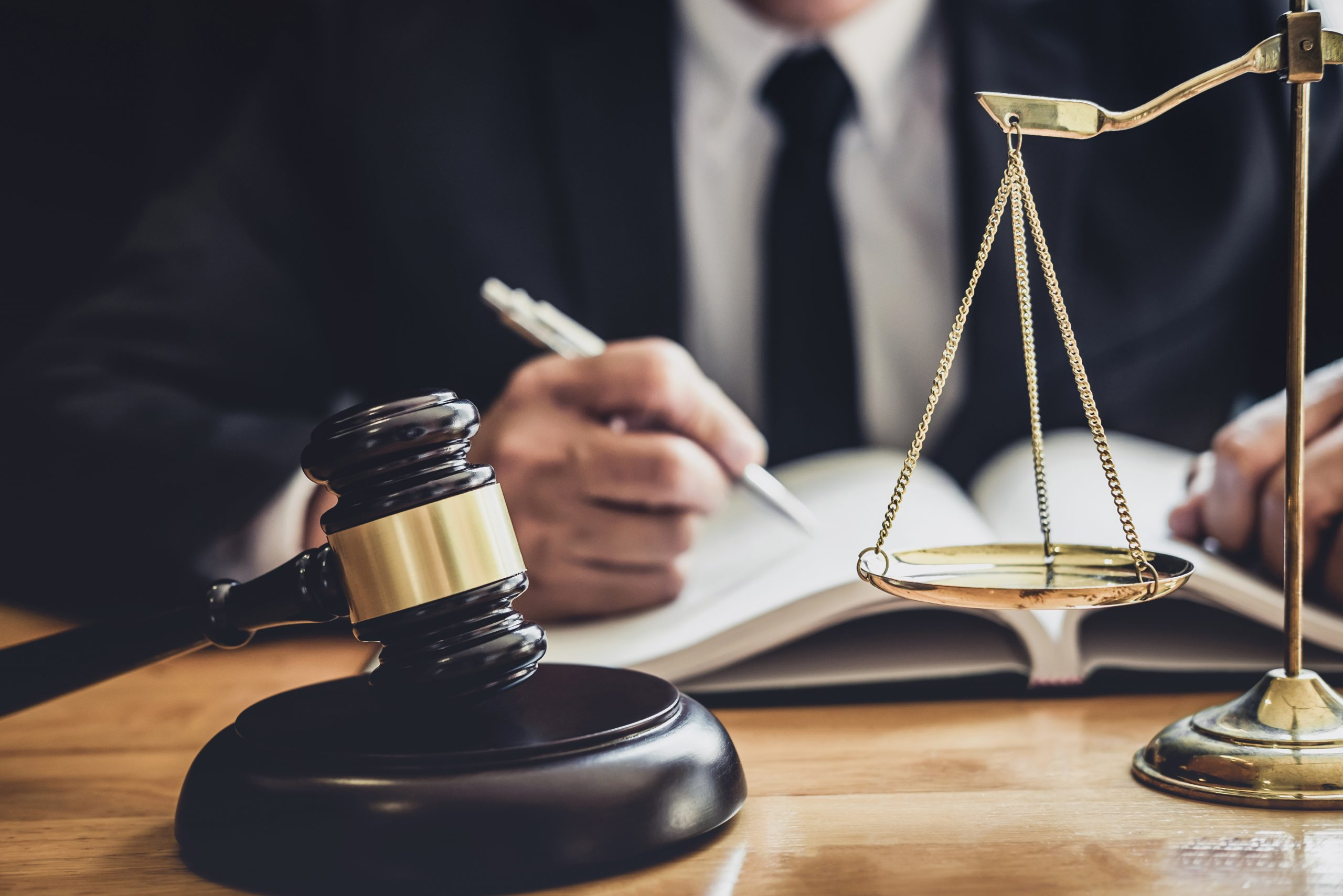 Problem tajemnicy zawodowej radcy prawnego w ujęciu etycznym